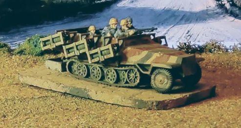 Sd Kfz 251 1 Stuka zu Fuss (1)